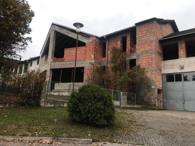 Tajomstvo pod vodou_rekonštrukcia kultúrneho domu Mojšová Lúčka
